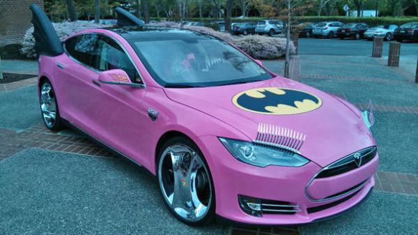 Tesla Motors - бэтмобиль